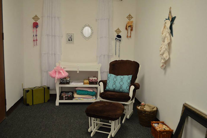 San Antonio Maternity and Newborn Photo studio room